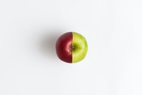 תפוח עם 2 צבעים