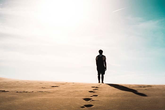 איש במדבר